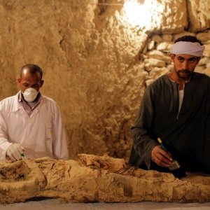 Egypt Reveals Artifacts, Mummy From Luxor