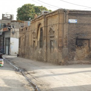 More than 3,270 hectares, that is approximately 5% of Tehran's total area, consists of old and dilapidated buildings.