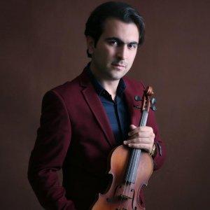 Violinist Ghafari Will Perform  With Czech, Azeri Orchestras