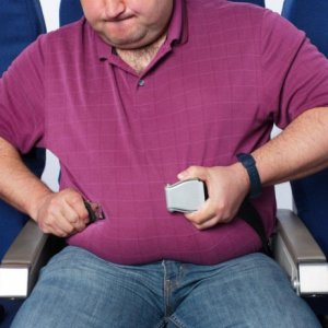 Cramped Aussie Traveler Sues American Airlines