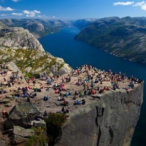 Google Maps' Glitch Misleading Tourists