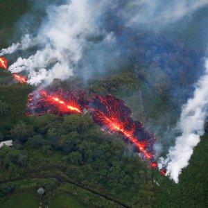 Volcano Costs Hawaii Travel Industry Millions