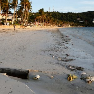 Philippines Policing Resort Island Before Shutdown