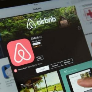 Airbnb Buying Startup to Protect Clients