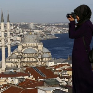 Iranians Help Turkish Tourism Bounce Back