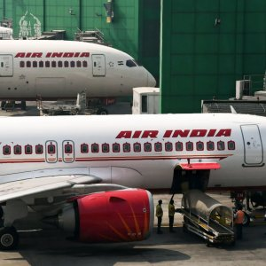 Air India Sale Hangs in Balance