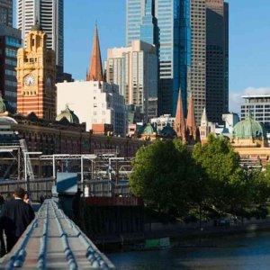 Australia Businesses Fail to Lift Economy