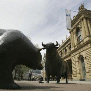 Bullish Oil Funds Profits Drop