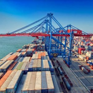 Egypt Lowers Customs Exchange Rate