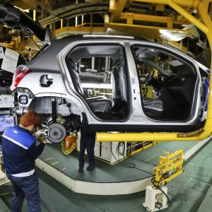 GM Seeking  S. Korea Backing