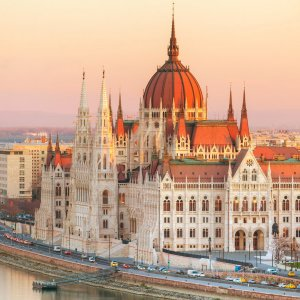 Hungary to See 4% Growth