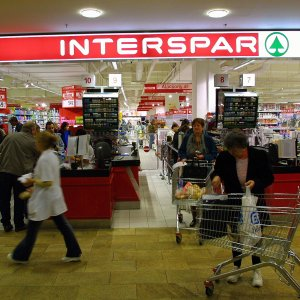 Hungary Retail Sales Rise