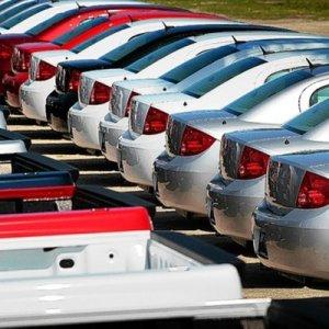 Italy Auto Sales Rise 13%