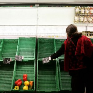 Italy in Deflation for First Time  Since 1959