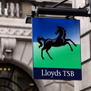 Lloyds Bank to Sell London Hqs
