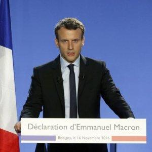 Macron to Overhaul Taxes