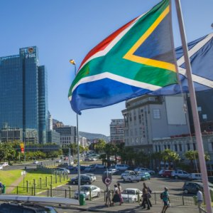 Moody's Predicts Slower Fiscal Progress in S. Africa