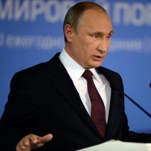 Putin Decrees Countersanctions Against Western States
