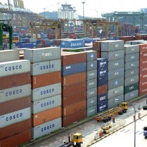 Singapore Exports Fall