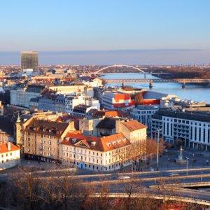 Slovakia GDP to Rise