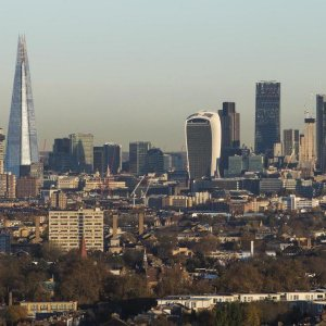 UK Business Confidence Falters
