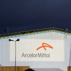 ArcelorMittal Gets Okay to Buy Italy's Ilva