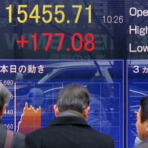 Asia, Europe Shares Fall Following Fed Chair Powell's Testimony
