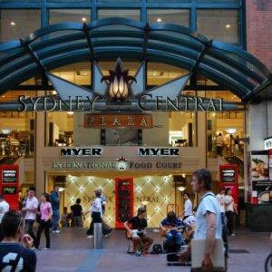 Australian Malls Turn to Village Life