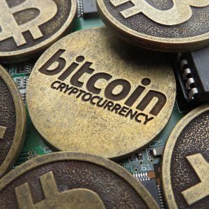 BIS Cautions CBs Launching Own Cryptocurrencies