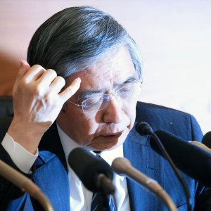 BoJ Easing Strategy in Danger