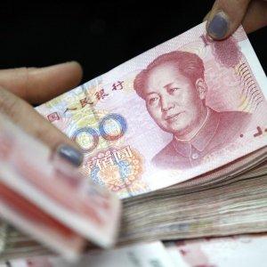 China to Tighten Controls on Yuan