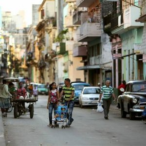 Cuba Says Recovering From Recession, Growing 1.6%