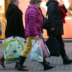 German Retail Sales Climb