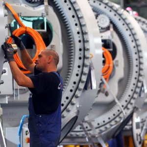 Germany Reports Record Surplus, GDP Growth