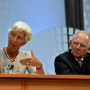 Christine Lagarde (L) and Wolfgang Schauble