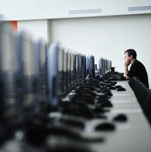 The law has set equal conditions for Russian and foreign Internet companies.