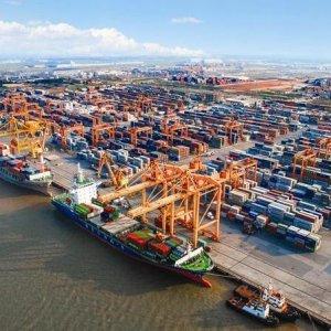 Vietnam Reports $3.3b Trade Surplus
