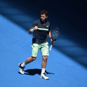 Federer, Djokovic, Wawrinka, Kerber and Sharapova Advance