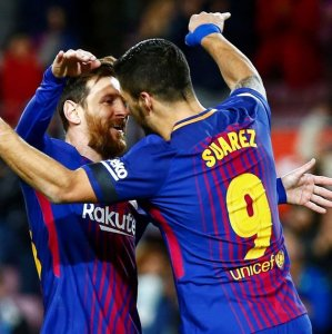 Lionel Messi (L) and Luis Suarez, two most affective players of the match