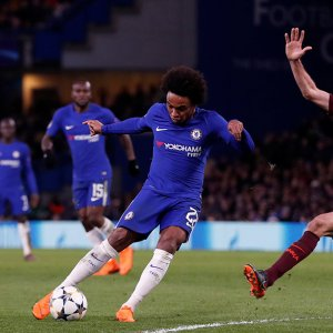 Bayern Hammers Besiktas, Chelsea and Barca Share Points