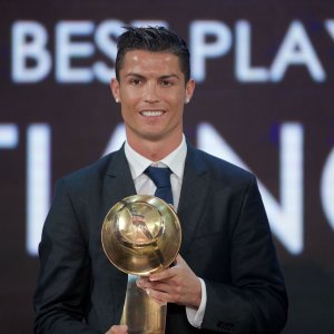Cris Ronaldo won Best Player of the Year Award in 2016.