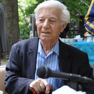 National Heritage Society  to Honor Ehsan Eshraqi