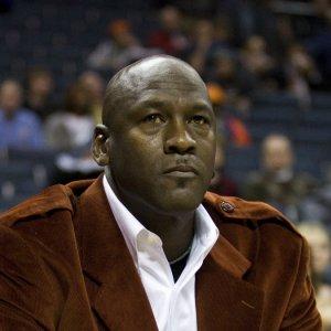 Jordan Backs LeBron After Trump Questions Player's Intelligence