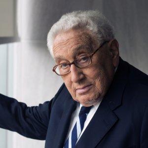 Kissinger's 'World Order' in Persian