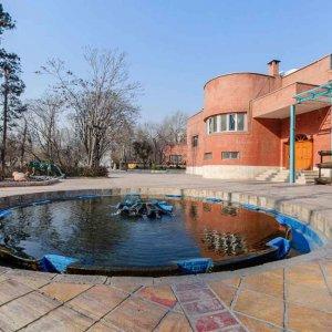 Eshraq Cultural Center in Tehran