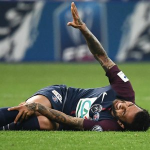 Dani Alves will be out of Russia World Cup due to knee injury.