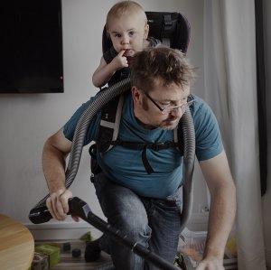 'Swedish Dads' Photo Exhibit at IAF