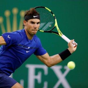 Nadal, Federer Ease Through in Shanghai
