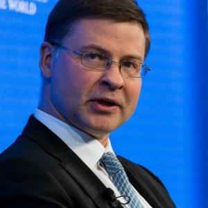 EU Says Ready to Regulate Cryptocurrencies