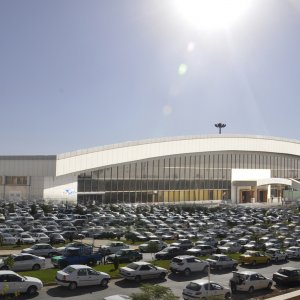 Peugeot and Renault sold 606,679 cars in Iran in 2017.